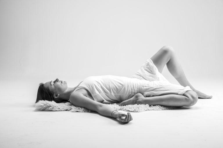 yin yoga, saddle pose, yin yoga sequencing, yoga mat, pose modification